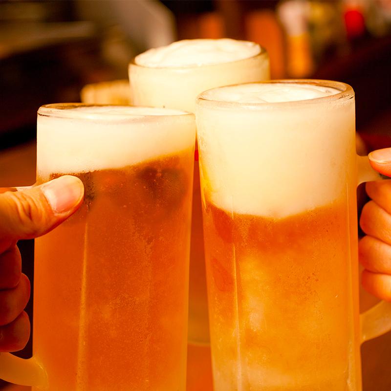 飲み放題_ビールで乾杯